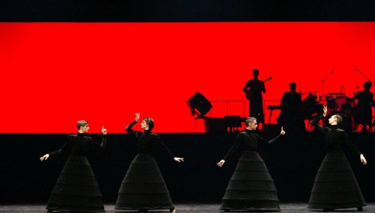 Foto: Pirmizrādīs divus laikmetīgos baletus – 'Hamletu' un '(Ne)stāsti man pasakas'