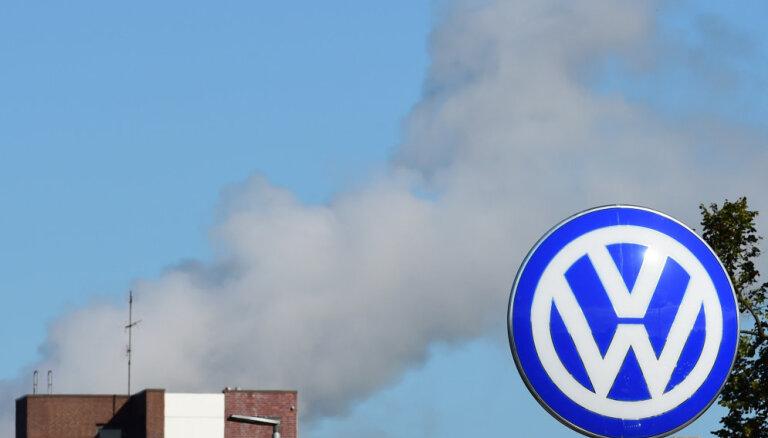 Indija nosaka 24 stundu laikā VW samaksāt 12 miljonu eiro 'dīzeļgeitas' lietas naudassodu
