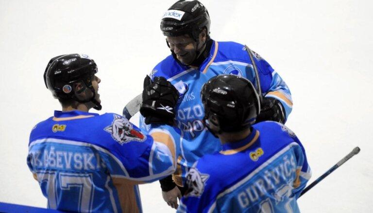 Latvijas hokeja čempionātā uzvaras svin 'Ozolnieki/Monarch, 'Rīga/Prizma' un JLSS/'Zemgale'