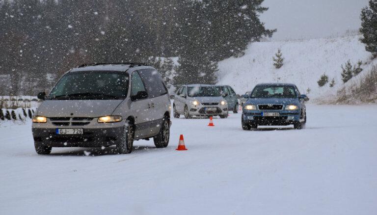 CSDD sāk bezmaksas drošas ziemas braukšanas konsultācijas Latvijas reģionos