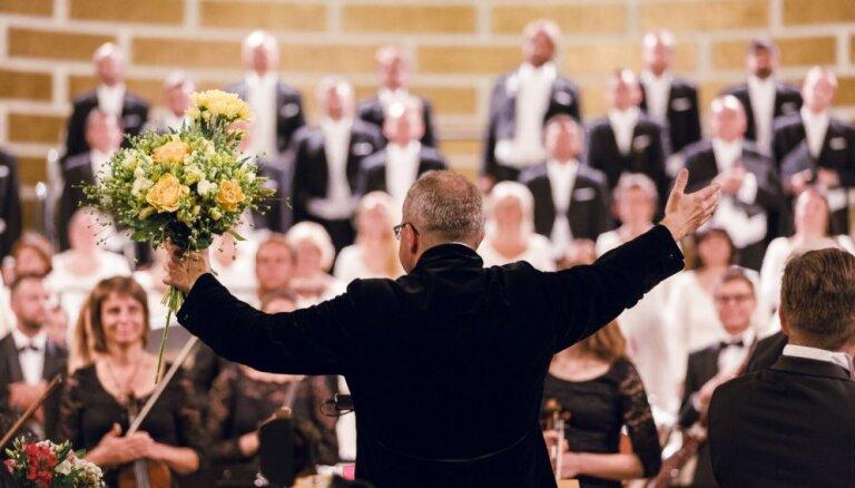 Foto: Sandstrema 'Mesijas' pirmatskaņojums Garīgās mūzikas festivālā
