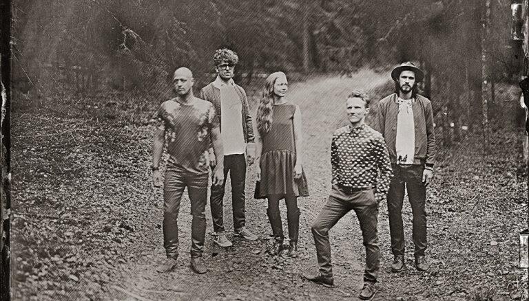 Noklausies! 'The Sound Poets' publicē jaunu singlu 'Viss var mainīties' un izziņo rudens koncertus