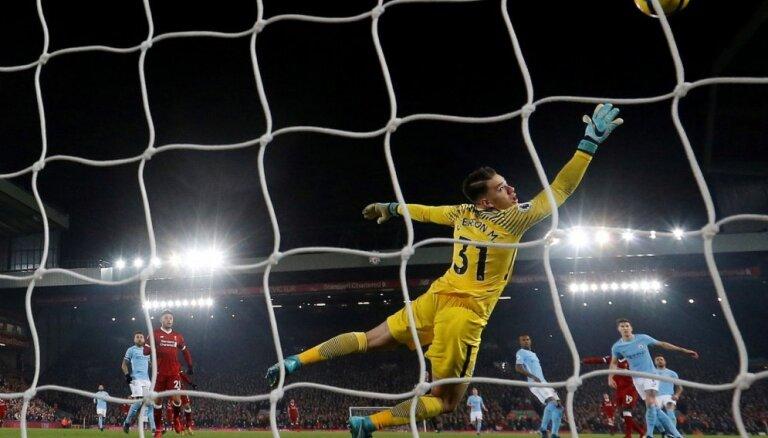 Газета: чемпионат Англии по футболу может возобновиться в июне