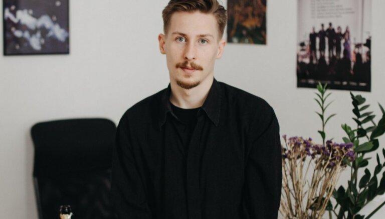 Turpmāk 'Satori.lv' galvenais redaktors būs dzejnieks Henriks Eliass Zēgners
