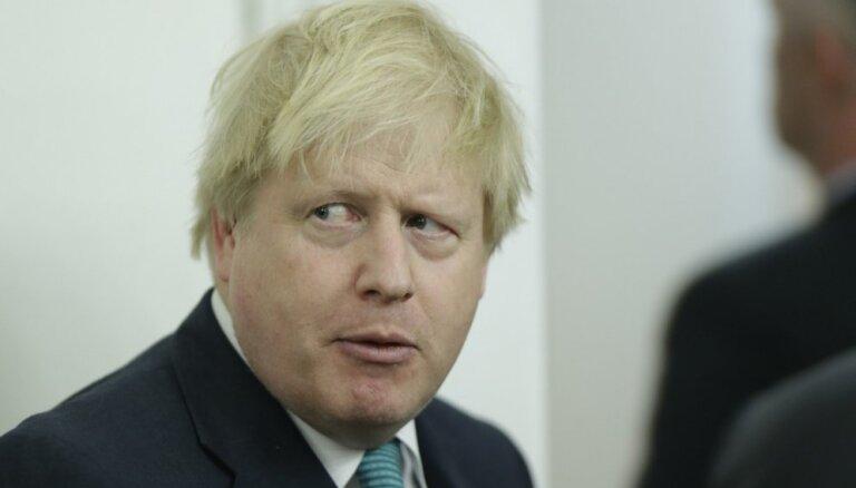Džonsonam tiesā būs jāatbild par pretrunīgajiem apgalvojumiem 'Brexit' kampaņas laikā