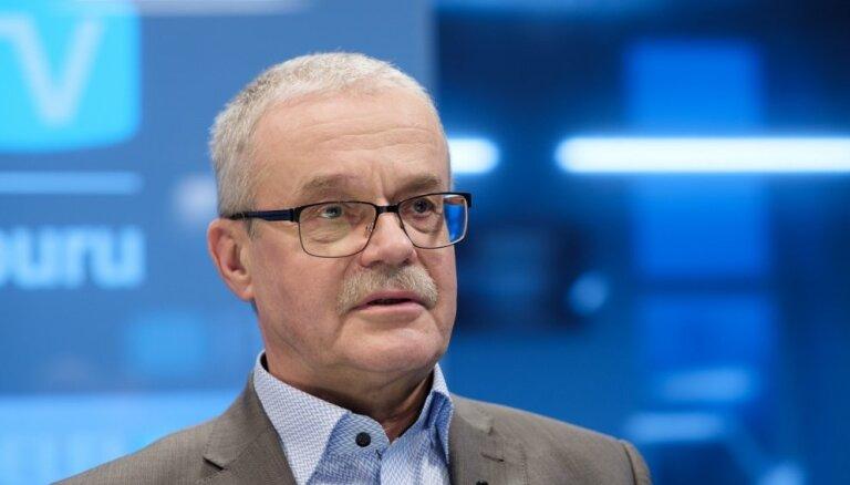 'Delfi TV ar Jāni Domburu' par 'čekas' mantojumu atbild pētnieks — Indulis Zālīte. Pilns ieraksts