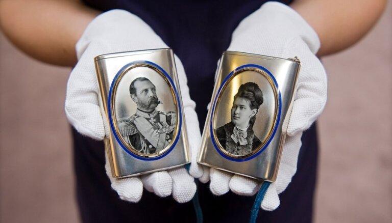 В России следователи эксгумировали останки Николая II