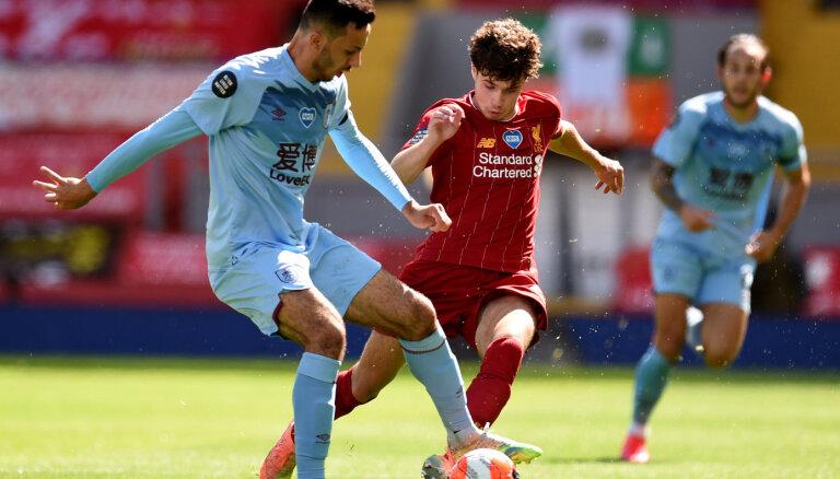 'Liverpool' neuzvar; no Anglijas premjerlīgas izkrīt Noridžas 'City'
