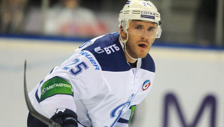 Karsumam vārti un rezultatīva piespēle pēdējā KHL regulārā čempionāta spēlē