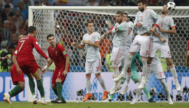 Хет-трик Роналду спас Португалию от поражения в Сочи против Испании