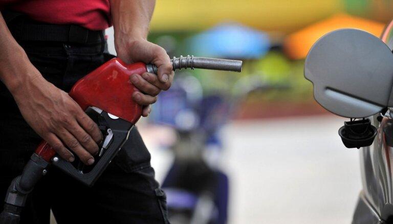 Белоруссия повысила экспортные пошлины на нефть