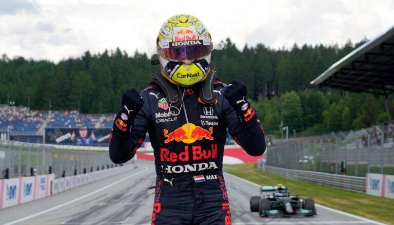 Verstapens uzvar F-1 Lielbritānijas 'Grand Prix' otrajā treniņu sesijā
