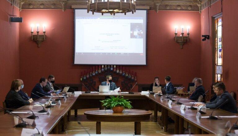 Pēc komisijas piecus ST tiesneša kandidātus vērtēs Saeima; likteni izšķirs balsojumos