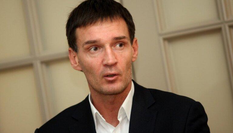 Суд не дал Рижской думе уволить директора Департамента сообщений Рейнбаха