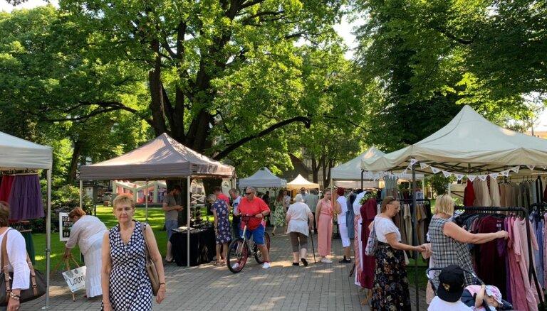 Vērmanes dārzā sācies Latvijas meistaru gadatirgus 'Gabaliņš Latvijas Līgo!'