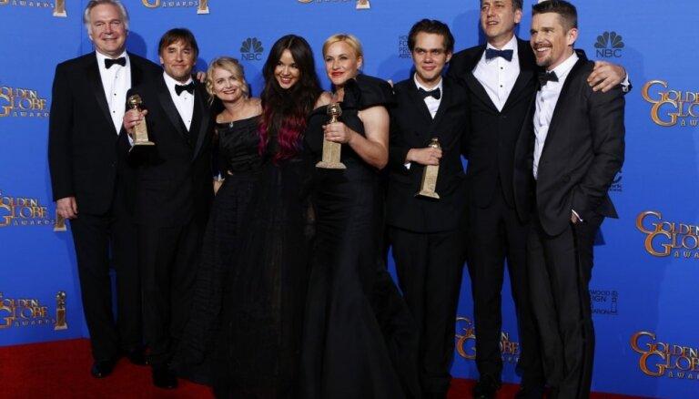 'Zelta globusu' ceremonijā triumfē filma 'Puikas gadi'