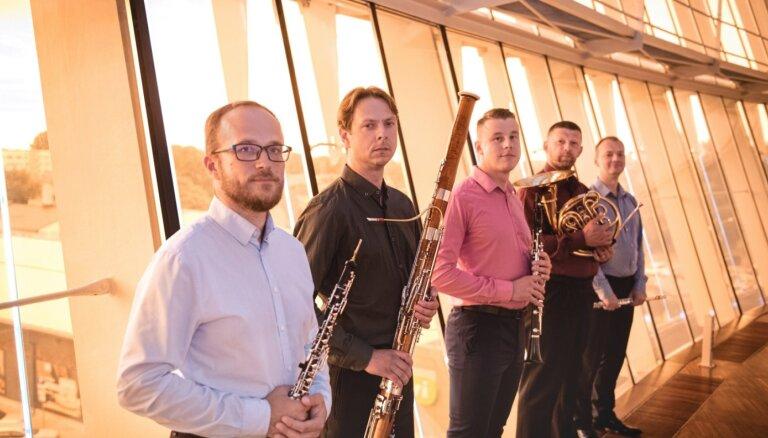 Liepājā skanēs 'Baltā laika stāsti' ar 'Kurland Quintet' un Gundaru Āboliņu