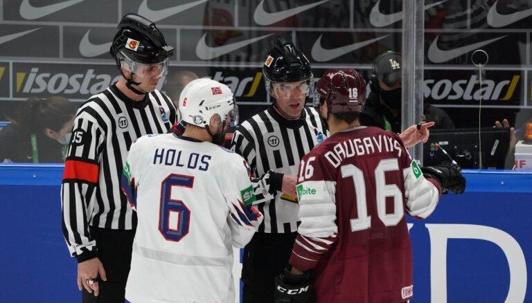 Medijs: Latvijas un Norvēģijas izlašu spēles tiesnešiem čempionāts beidzies