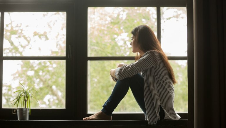 Vientulība ir brīvība vai apgrūtinājums: iemesli, kāpēc cilvēki baidās šķirt nevēlamas attiecības