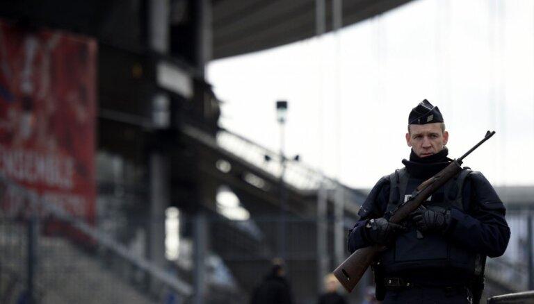 В грузовике на юге Франции полиция обнаружила 31 нелегала из Пакистана
