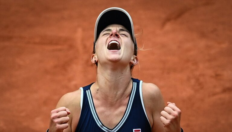 'French Open': Svitoļina zaudē ranga otrajā simtniekā esošajai Podoroskai