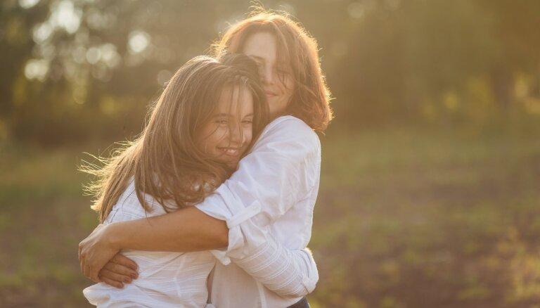 Каждый человек может стать счастливым: 5 ежедневных практик, которые в этом помогут