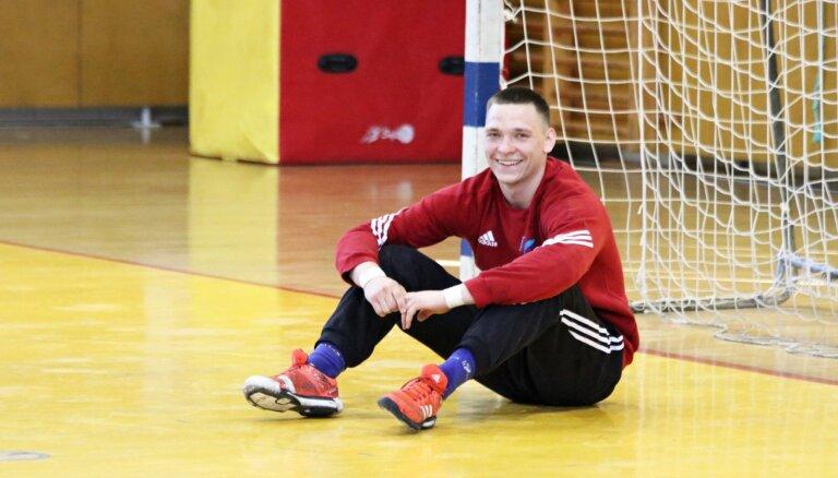 'Latgols' handbolisti izcīna Latvijas čempionāta bronzas medaļas