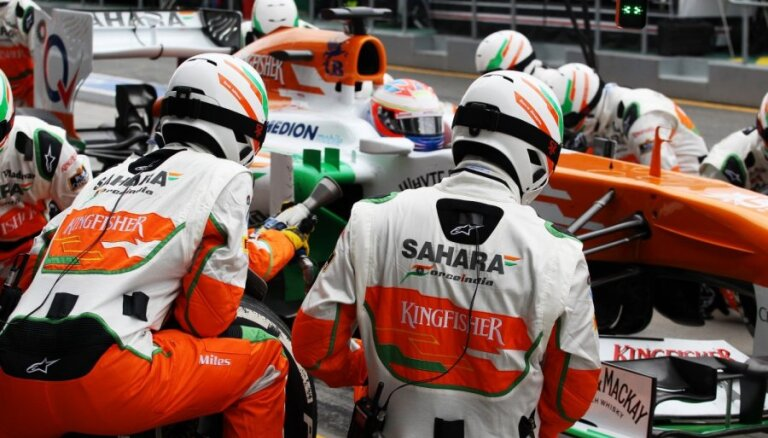"""У команды """"Формулы-1"""" перед гонкой украли руль стоимостью 100 тысяч евро"""