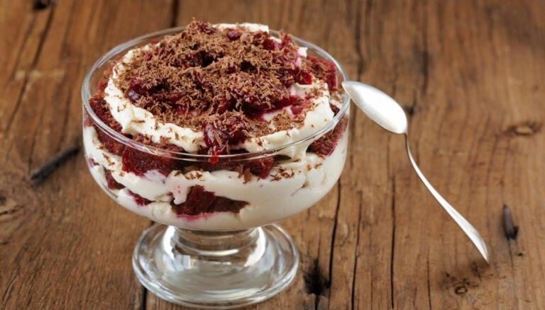 11 Lāčplēša cienīgi deserti ar latviešu spēka avotu – sātīgo rupjmaizi