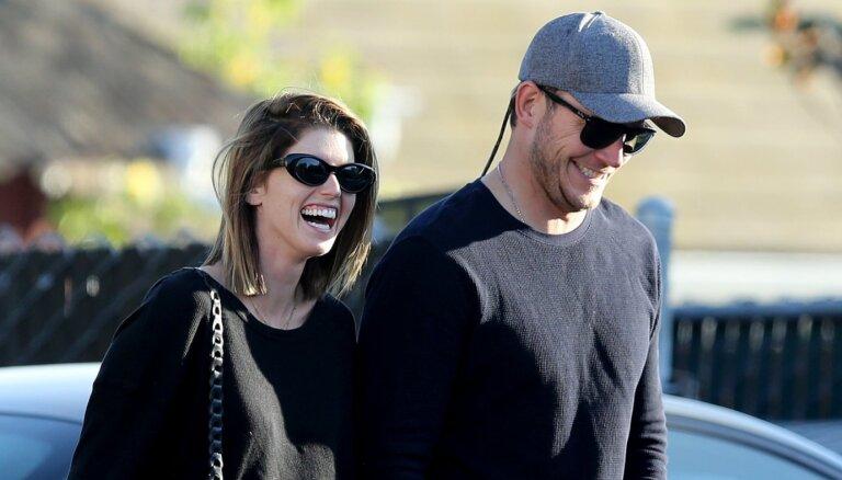 Aktieris Kriss Prats un Katrīna Švarcenegere gaida pirmo kopīgo bērnu