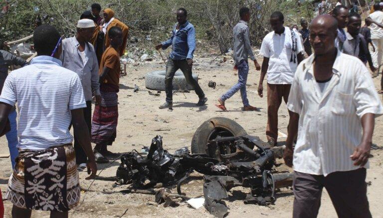 Džihādisti uzbrūk ASV mācību bāzei Somālijā