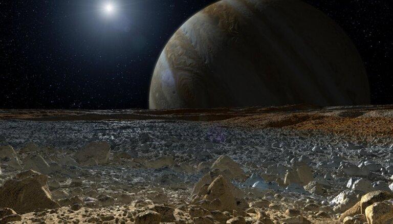 Jauni pavedieni par ārpuszemes dzīvībai potenciāli labvēlīgu vietu. Nē, tas nav Marss