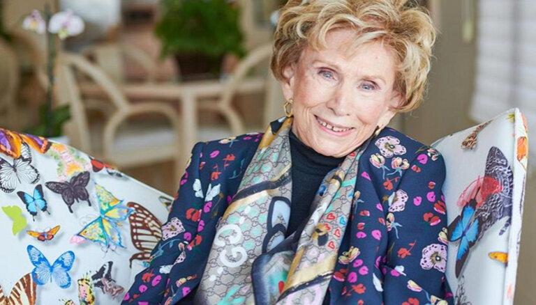 """""""В Освенциме не было антидепрессантов"""". Как Эдит Эгер прошла концлагерь и выжила, чтобы до 90 лет помогать другим людям"""