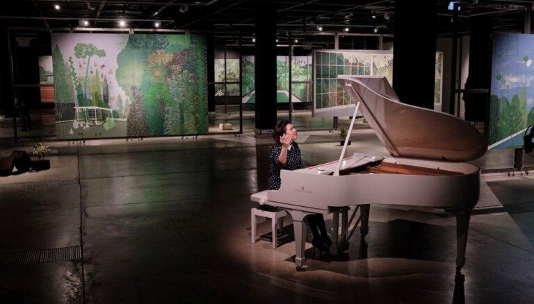 'Rīgas mākslas telpā' Sandras Strēles izstādes ietvaros notiks mūzikas vakari
