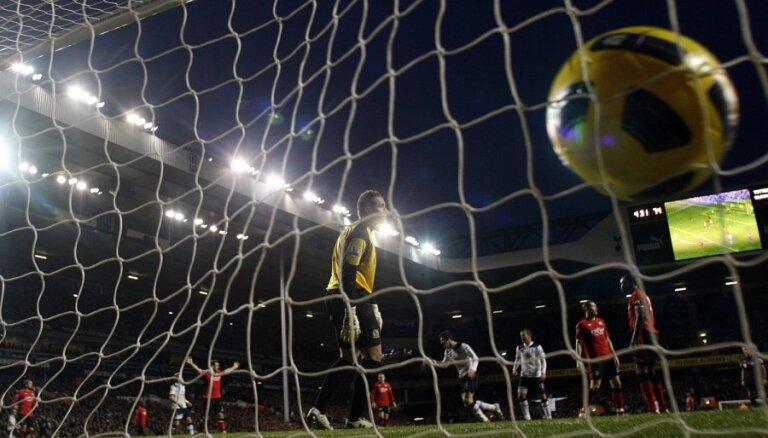 'Hotspur' un 'Arsenal' futbolisti atgriežas uz uzvaru takas