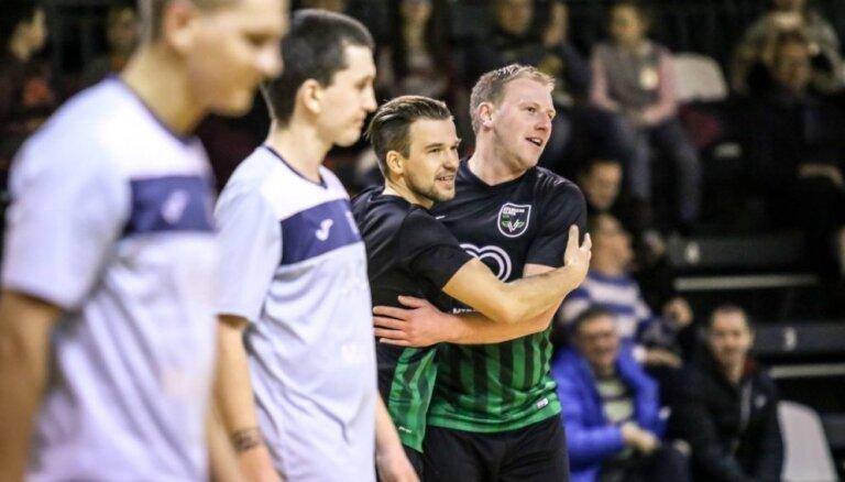 'Valmiera Glass'/ViA futbolisti aizraujošā mačā nospēlē neizšķirti ar 'Ventspili'