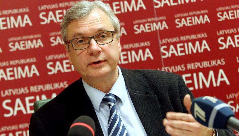 """Шадурскис: есть признаки, что Вейонис предложит кандидата в премьеры от """"Единства"""""""