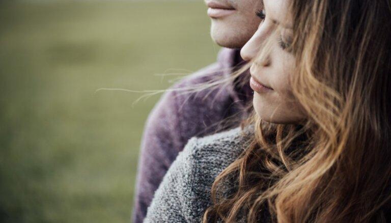 Психолог: отношения без секса тоже могут быть счастливыми