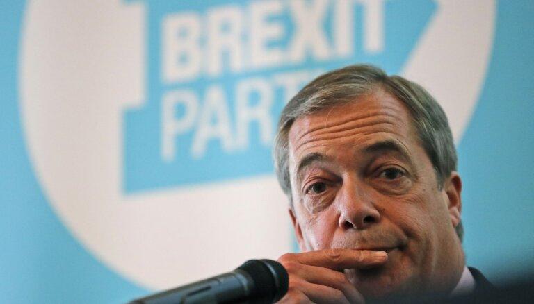 Farāža 'Brexit' partija' nokavē pirmo EP frakcijas izveidošanas termiņu