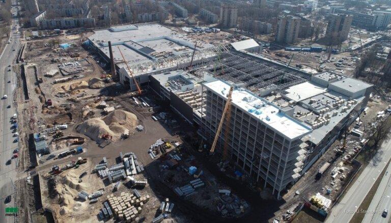 Pabeigti tirdzniecības milža 'Akropole' konstrukciju būvdarbi