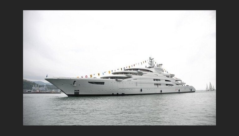 NYT: саудовский принц купил мегаяхту Serene Юрия Шефлера за 500 млн евро
