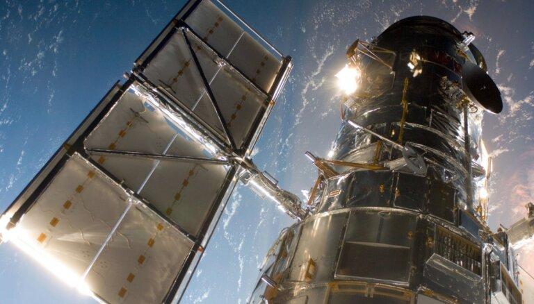 Nepatikšanas kosmosa izpētes veterānam – Habla teleskopa 'smadzenes' nestrādā jau nedēļu