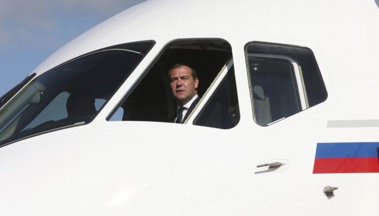 ASV bloķējušas Krievijas lidmašīnu 'Sukhoi' piegādi Irānai