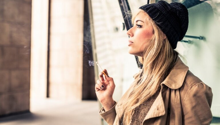 Ilze Indriksone, Imants Parādnieks: Maldināšana tabakas industrijas gaumē