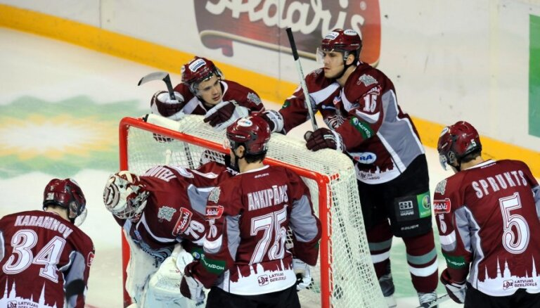 Rīgas 'Dinamo' hokejisti turpinās mājas spēļu sēriju