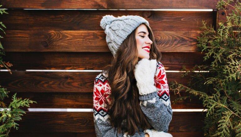 Забавные Новогодние свитера — деталь гардероба, которой стоит насладиться этой зимой