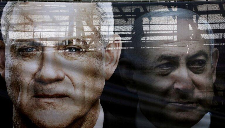 Izraēlas opozīcijas līderim Lapidam izdevies vienoties par valdības izveidošanu