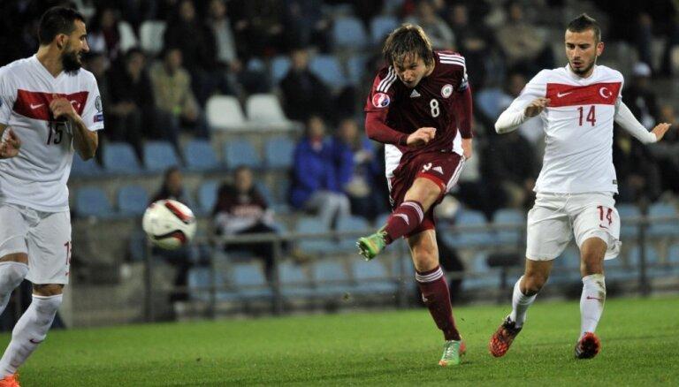 Латвийский футболист подписал четырехлетний контракт с французским клубом