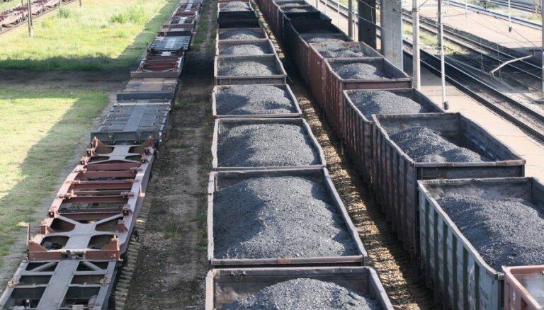 Латвию пересек самый длинный товарный поезд в истории LDz