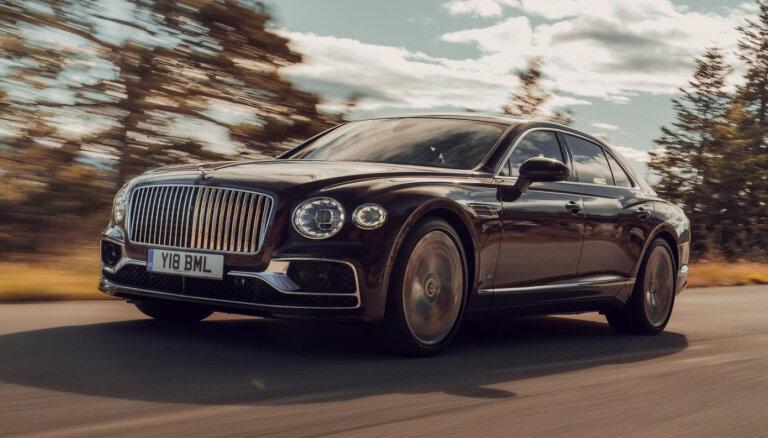 В Латвии снизились продажи новых автомобилей люкс-класса: лидер рынка - Bentley